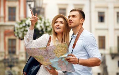 para na wakacjach - turystyka - zwiedzanie